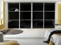 Modern-magasfenyu-akril-fekete-toloajtos-beepitettszekreny