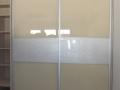 Bézs-lacobel-uveges-akrilbetetes-toloajtos-beepitett-gardrobszekreny (1)