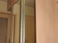 Finofahej-tukorbetetes-toloajtos-beepitett-gardrobszekreny (1)